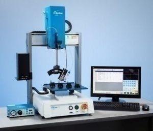 Nordson EFD dévoile un nouveau système de dosage automatisé 4 axes assisté par caméra