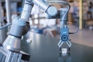 Universal Robots et Sick mettent les cobots au service de la logistique